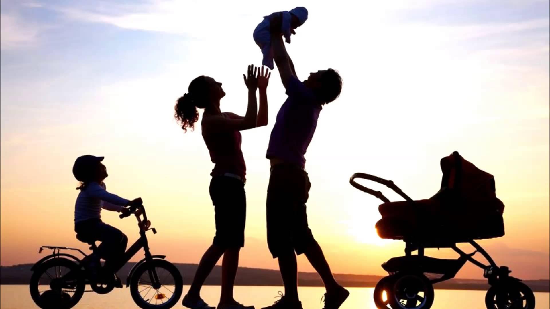 O papel dos pais no desenvolvimento da linguagem, da aprendizagem e das habilidades sociais das crianças