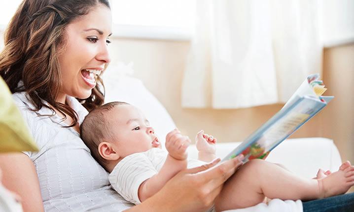 Saiba como e quando seu bebe vai começar a falar as primeiras palavras.