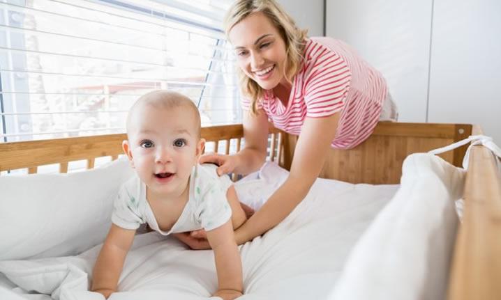 O Bebê precisa de Fonoaudióloga? Conheça o Teste da Orelhinha e o Teste da Linguinha.